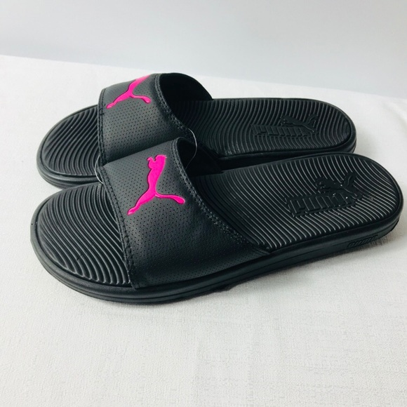 f64ff34b13e7 Puma women slides sandals size 10